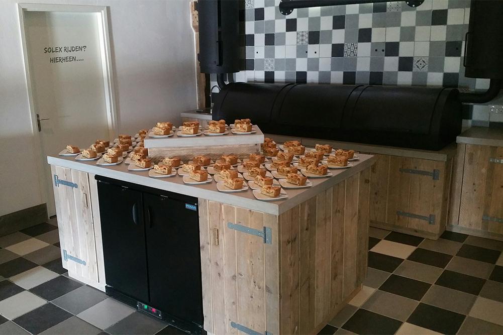 appelgebak-met-slagroom