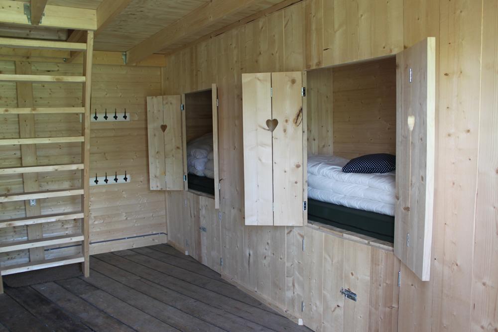 houten hooihuisjes
