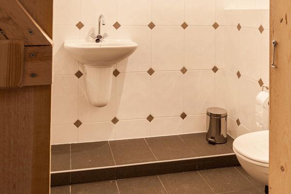 Bedstee-boerderij-badkamer